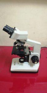 مايكروسكوب microscope