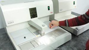 جهاز صب الشمع embedding center